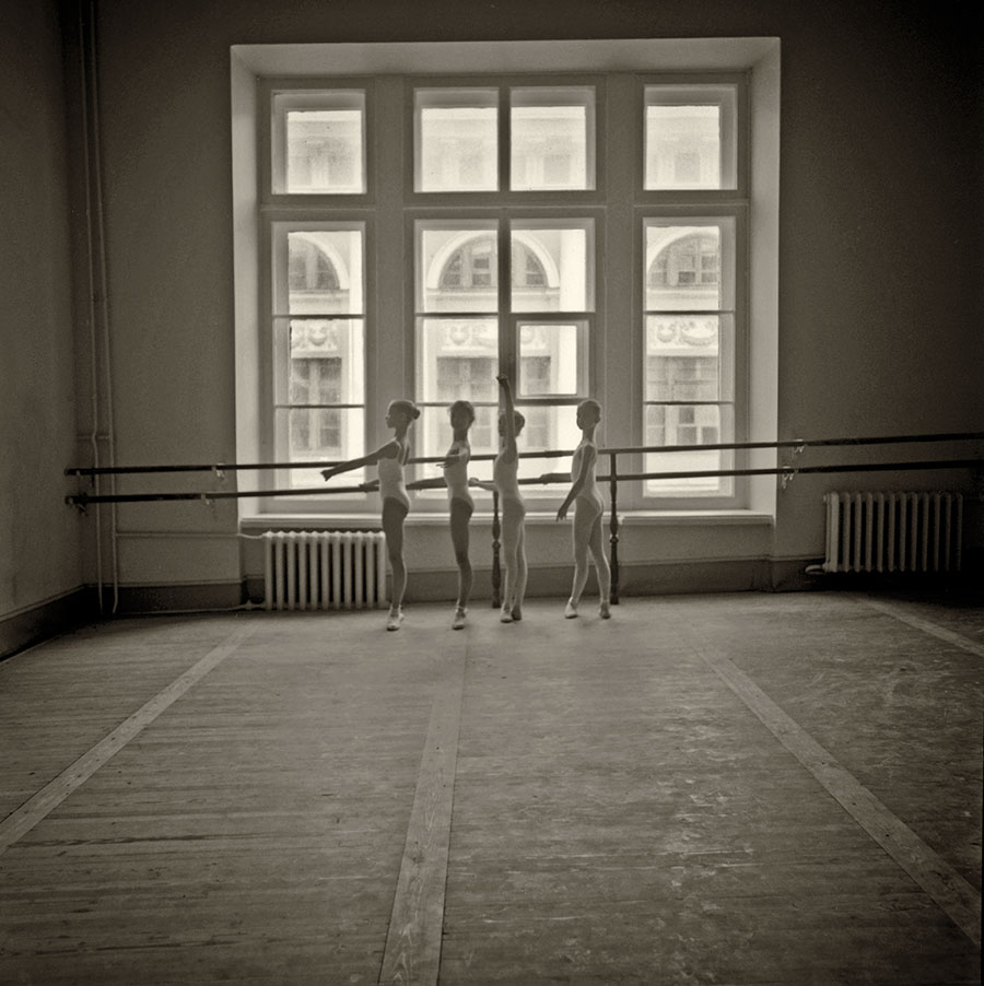 dancers-at-the-Vaganova.jpg