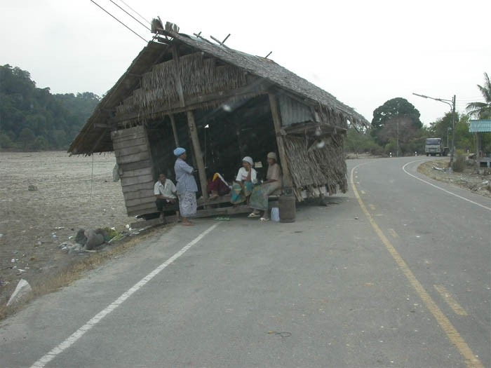 2005 tsunami damage still evident months after tsunami (1).jpg