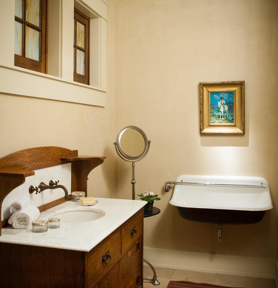 line-8-design-lowe-bath.jpg