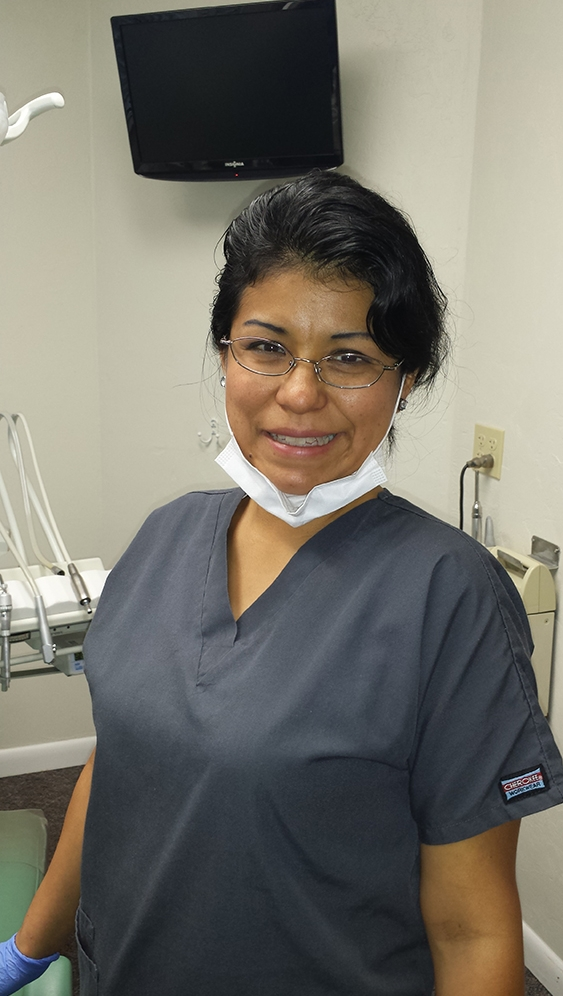 Alex (dental assistant student) 330kb.jpg
