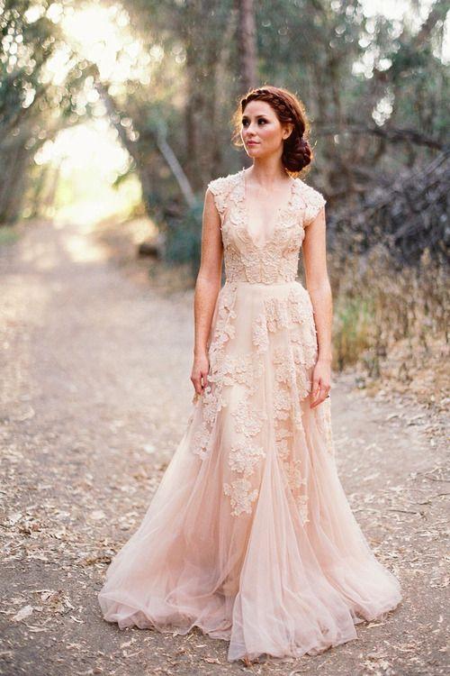 Delicate floral lace embelishment