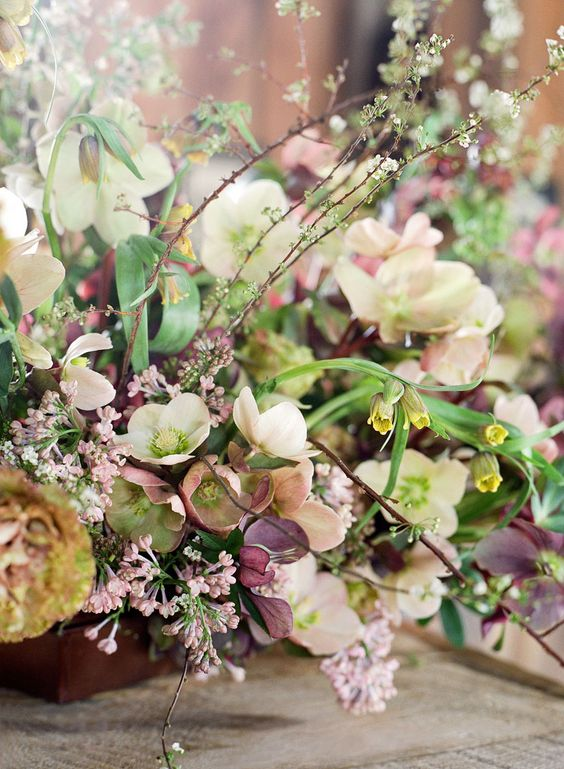 Flowers: Sarah Winward, Photo: Jose Villa
