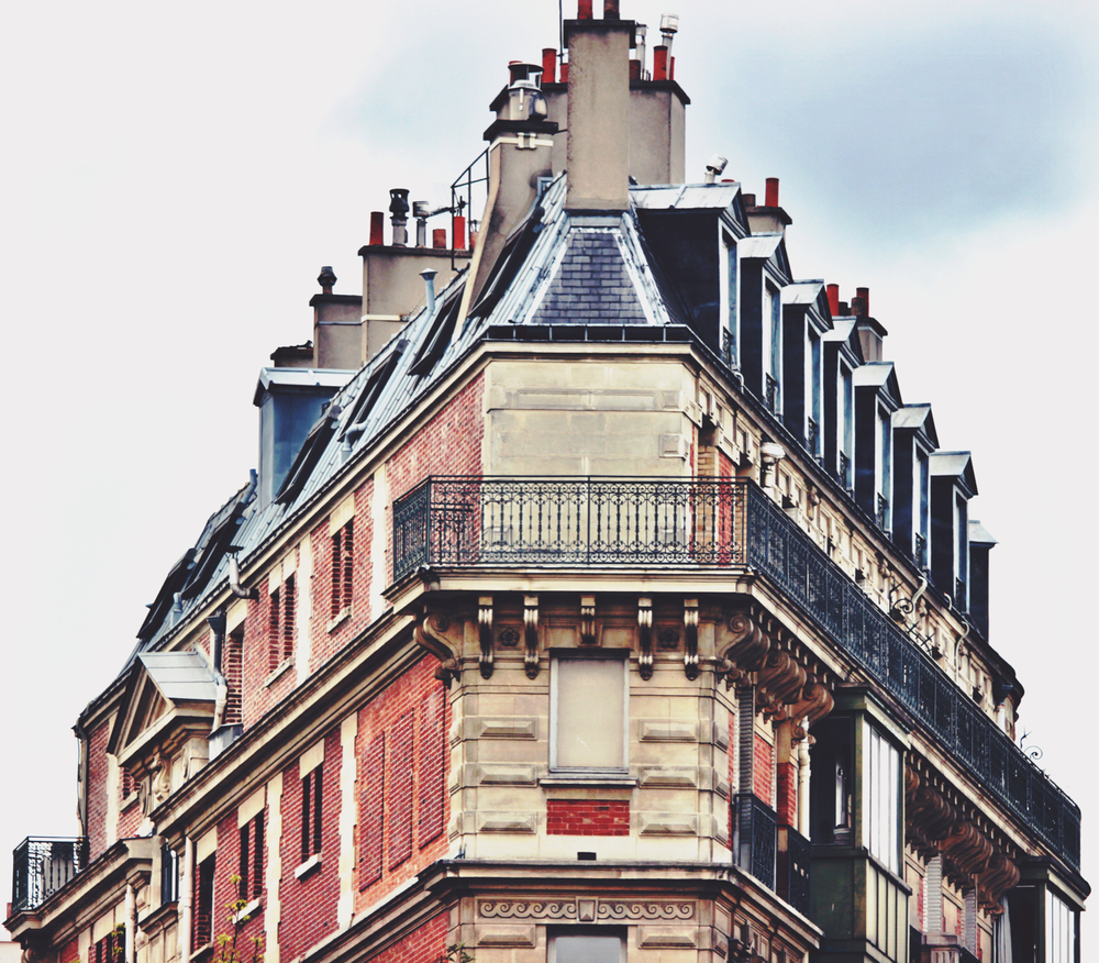 Just one example of beautiful Parisienne balconies