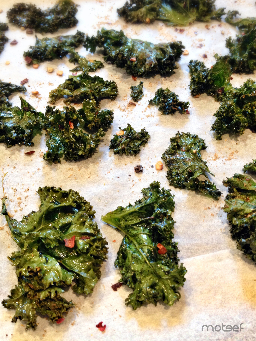 > Kale chips do shrivel but that's normal!    | via moteef.com.au # MyMoteef #Food #Kale