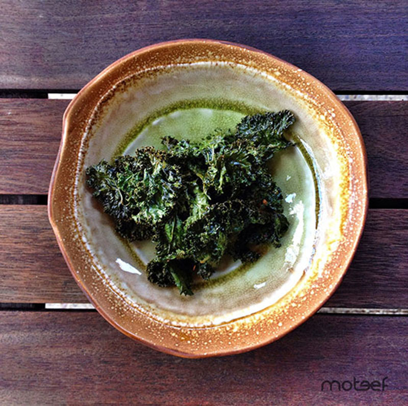 > Delicious and healthy k ale chips in under 30 minutes | via moteef.com.au # MyMoteef #Food #Kale