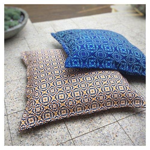 Floor cushions   MOTEEF
