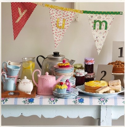 Floral-Alphabet-Bunting-from-BombayDuck.com_