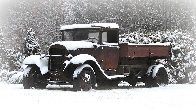 Snowy Model AA Dump Truck