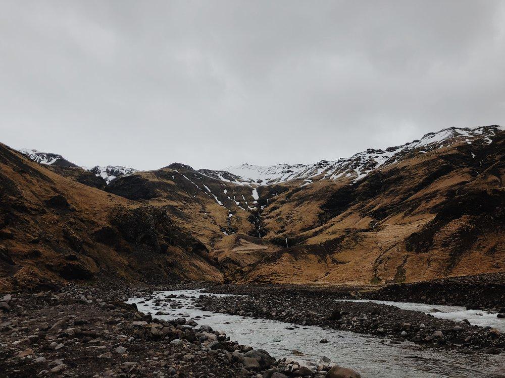 ICELAND ELOPEMENT PHOTOGRAPHER -