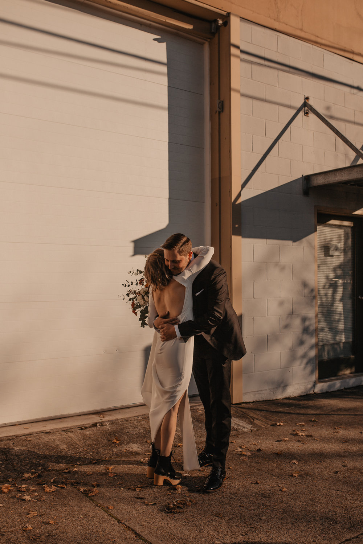 union-pine-urban-portland-trendy-wedding-77.jpg
