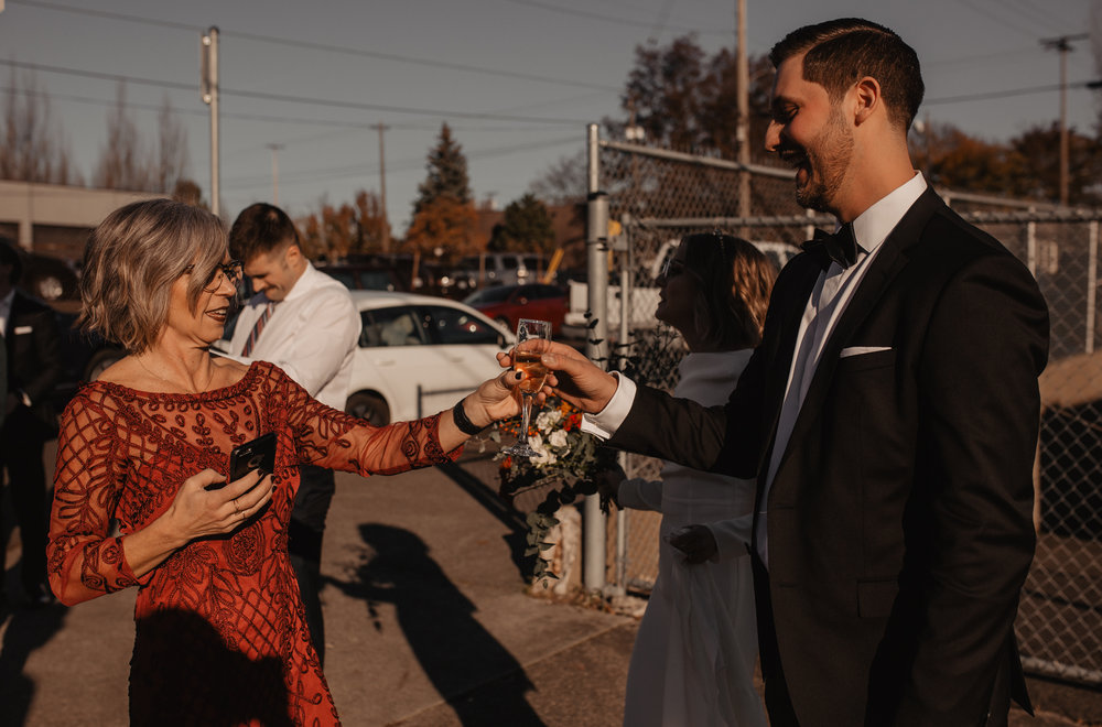 union-pine-urban-portland-trendy-wedding-97.jpg