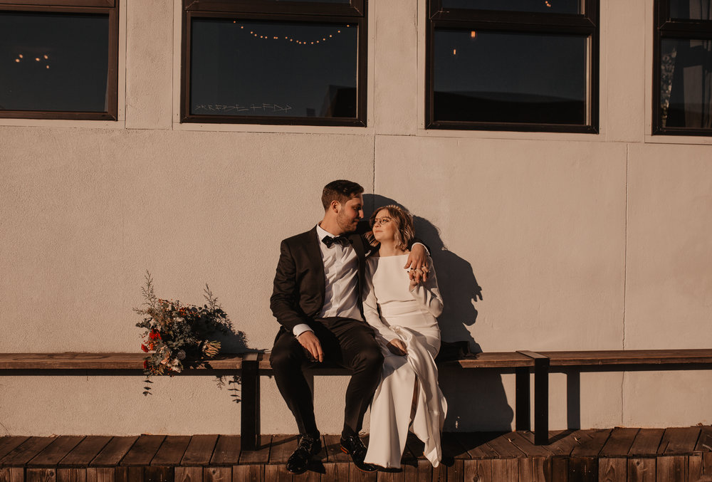 union-pine-urban-portland-trendy-wedding-239.jpg