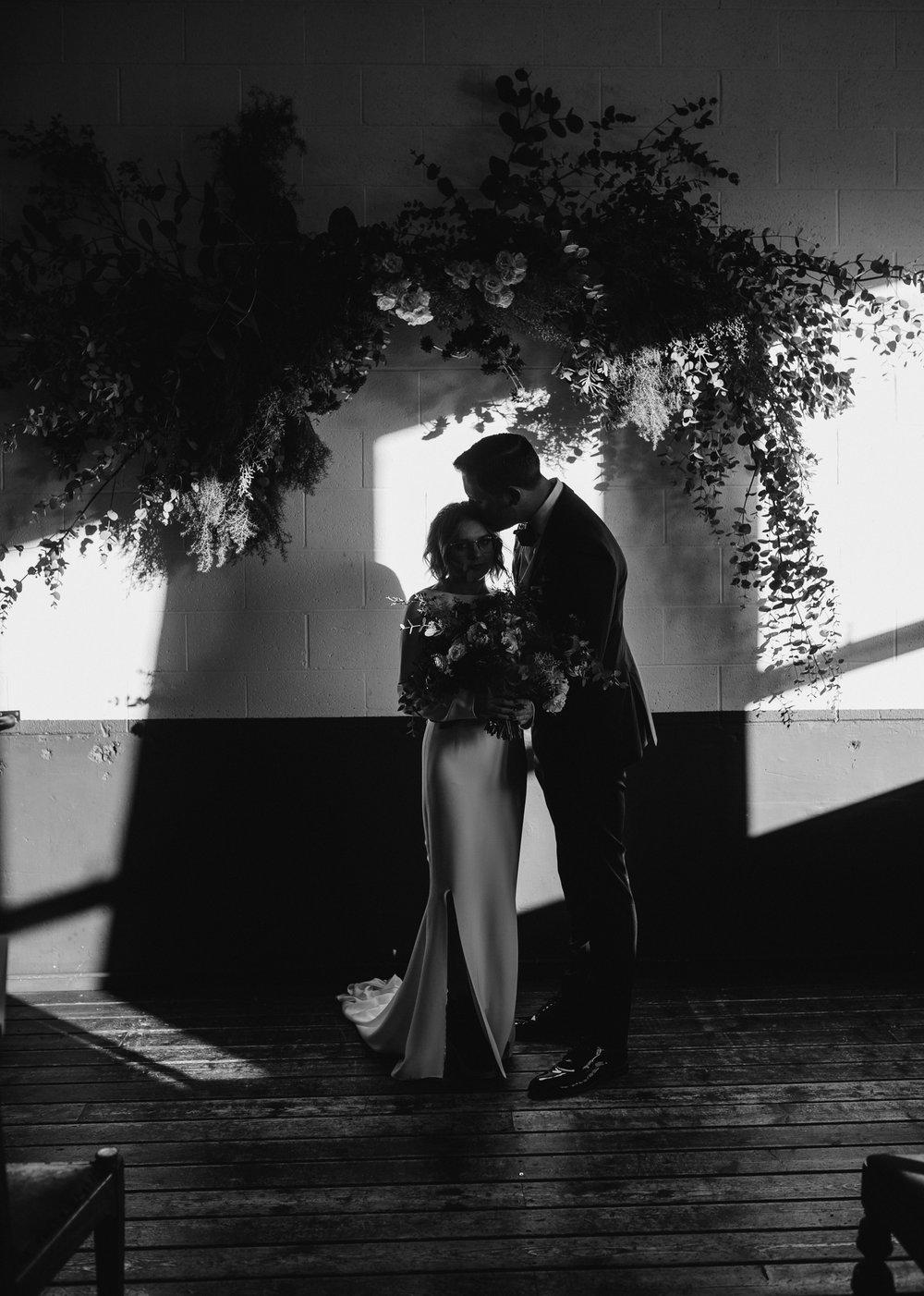 union-pine-urban-portland-trendy-wedding-274.jpg