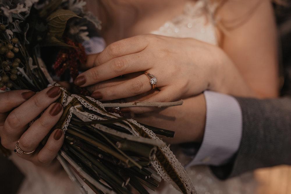 ariann&scott-corvallissummerwedding-379.jpg