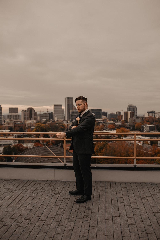 moody-urban-portland-wedding-51.jpg
