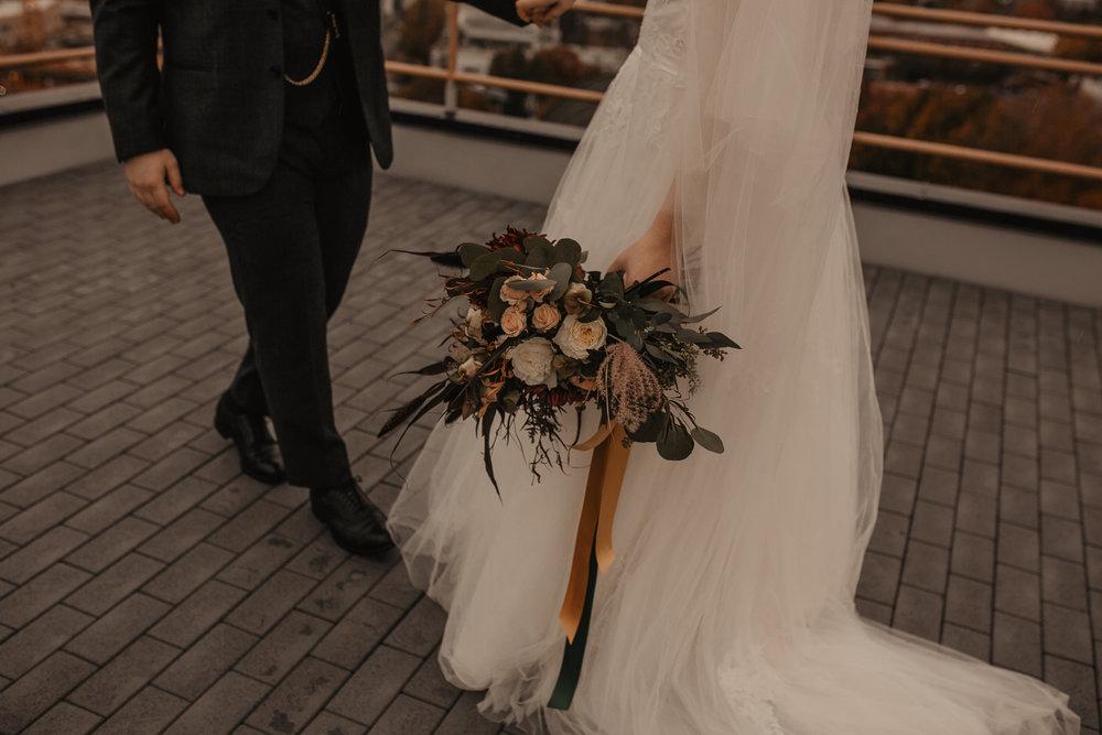 moody-urban-portland-wedding-81.jpg