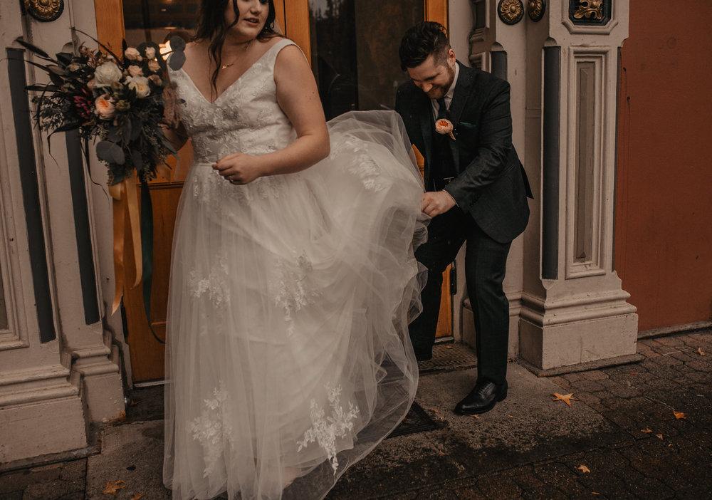 moody-urban-portland-wedding-155.jpg
