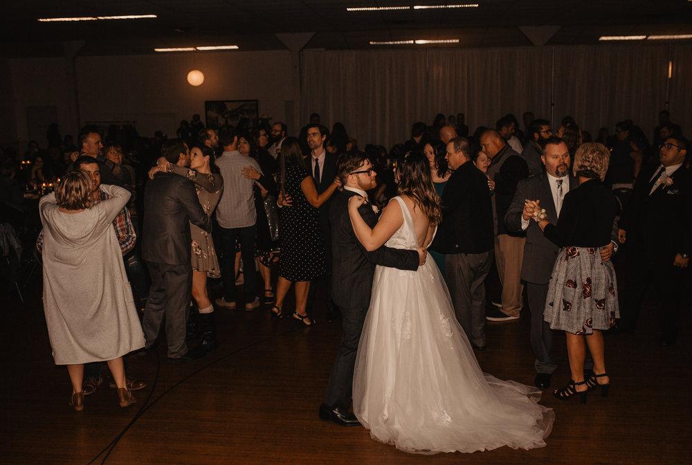 moody-urban-portland-wedding-692.jpg
