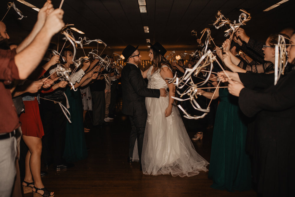 moody-urban-portland-wedding-808.jpg