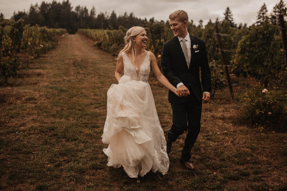 zenith-vineyard-oregon-summer-wedding-242.jpg