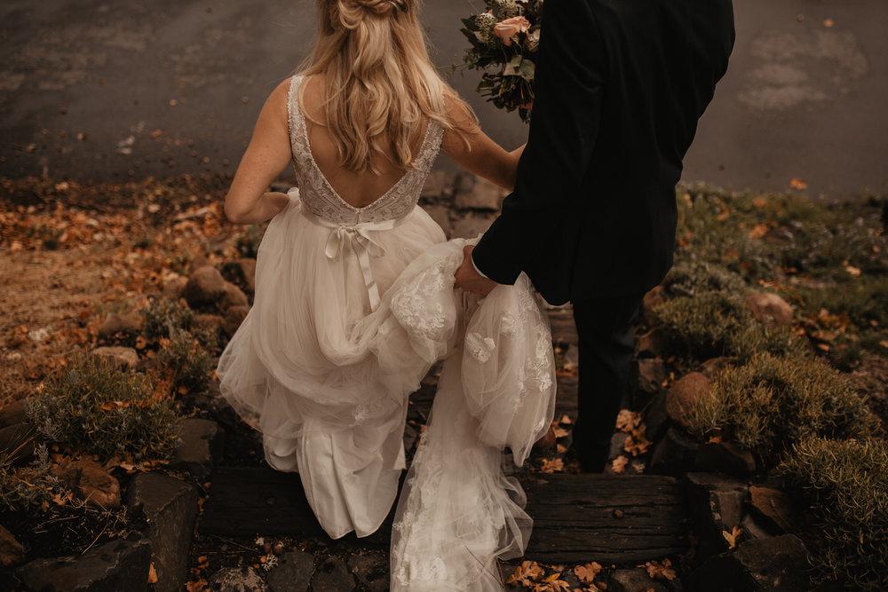 zenith-vineyard-oregon-summer-wedding-294.jpg
