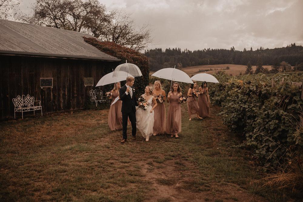 zenith-vineyard-oregon-summer-wedding-418.jpg