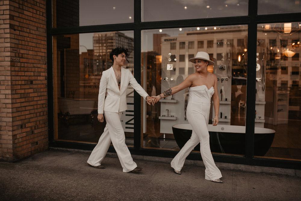 Lesbian couple portraits in Portland