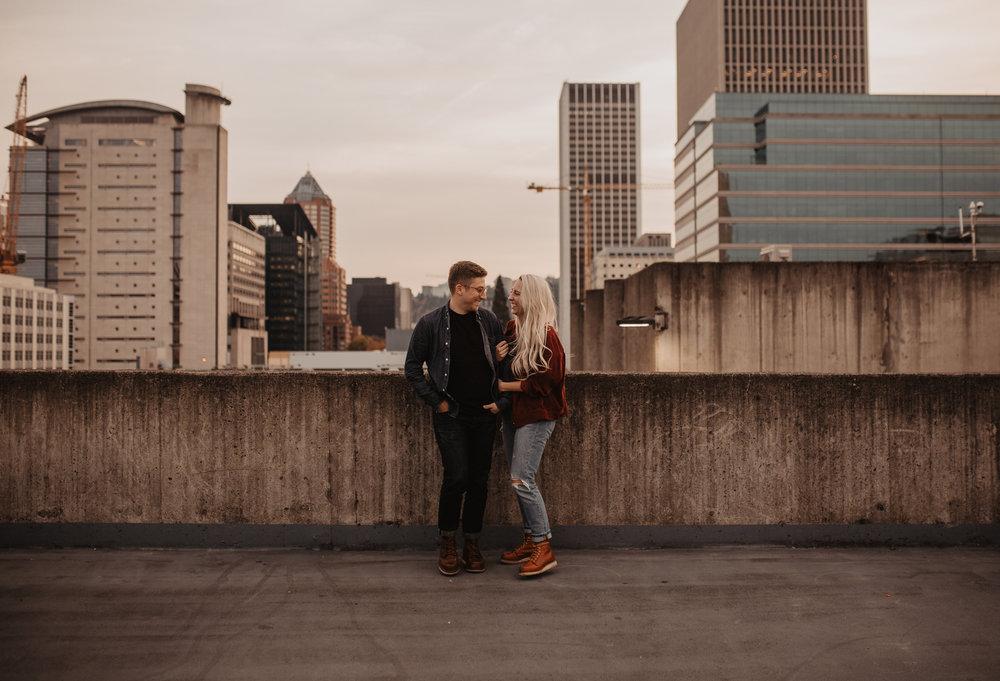 portland-rooftop-couple-photos-2.jpg