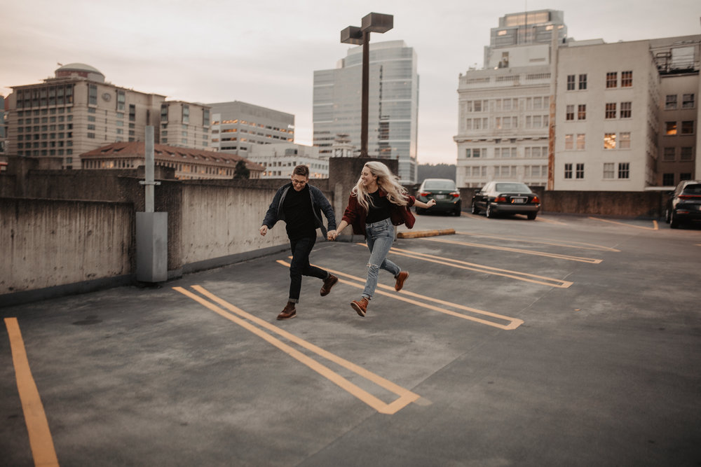 portland-rooftop-couple-photos-87.jpg
