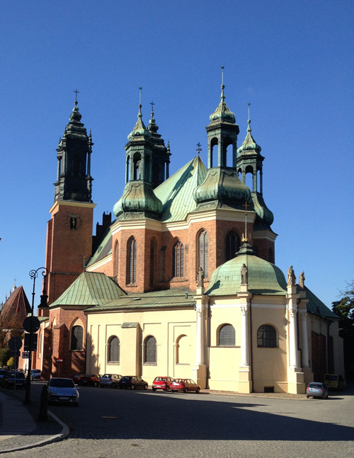 The Basilica of St. Peter and St. Paul in   Poznan   exudes a fairly tale charm
