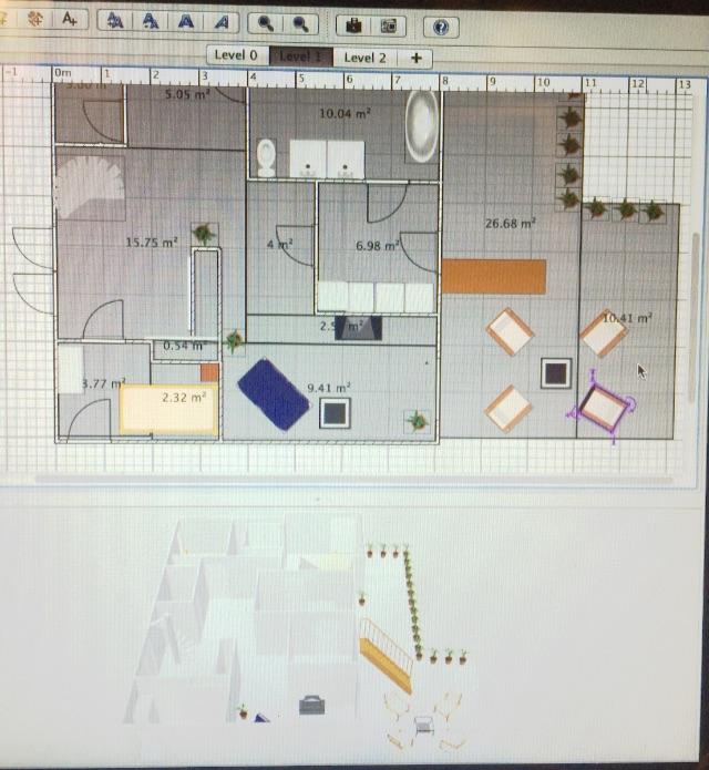 Vi lastet ned et arkitektprogram på dataen og tegnet huset slik vi ønsket det. Disse var klare til å sendes inn til en arkitekt for å få de byggetekniske. (beklager dårlig kvalitet på disse bildene. Jeg har bare tatt bilde av dataskjermen)