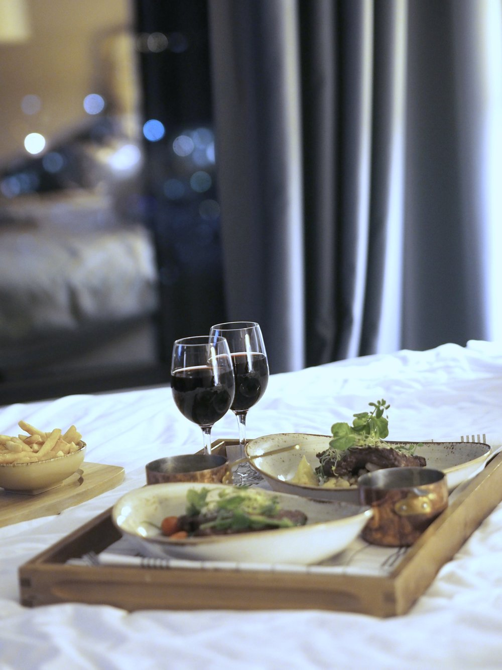 Roomservice fra Kitchen & Table, Sola Clarion Airport Hotell