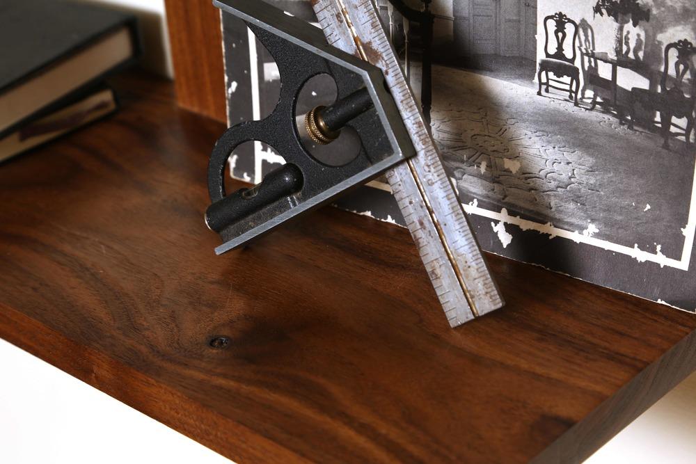 Elemen Shelves detail.jpg