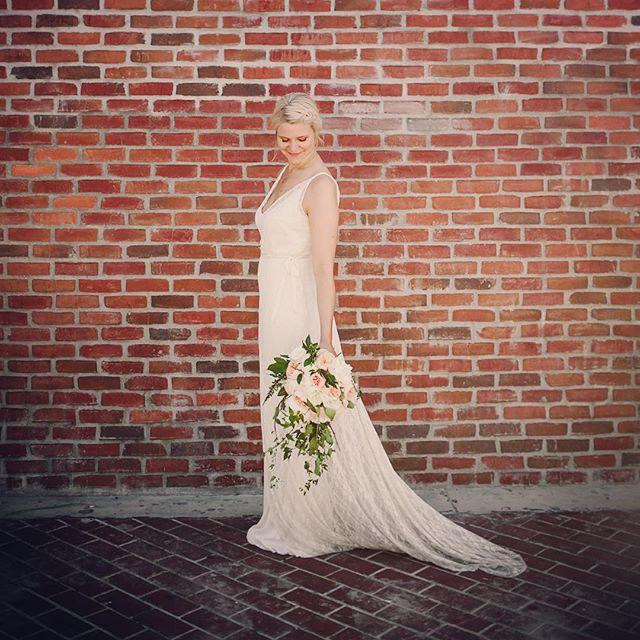 Beautiful bride Anni from Finland in our Siobhán #weddingdress #bohobride #dahl #wedding #bride 💐