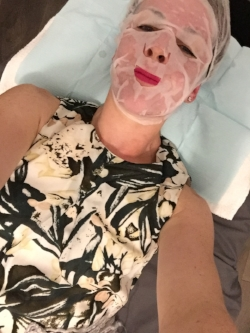 Relaxing mask ON, post-treatment. So lovely!