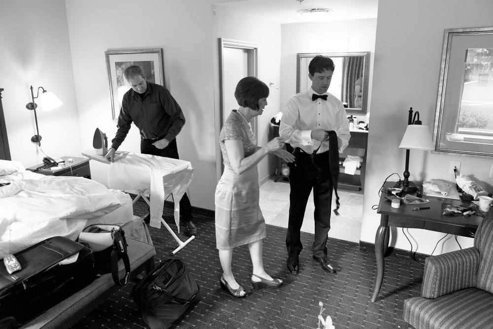 0075-mj-dressing-0119-groom-072812-wedding-1526.jpg