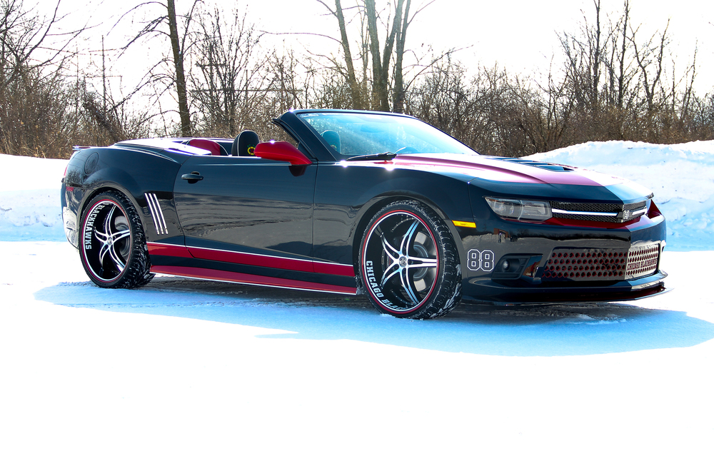 Click on image to read full article on the Chicago Blackhawks Camaro give aways.