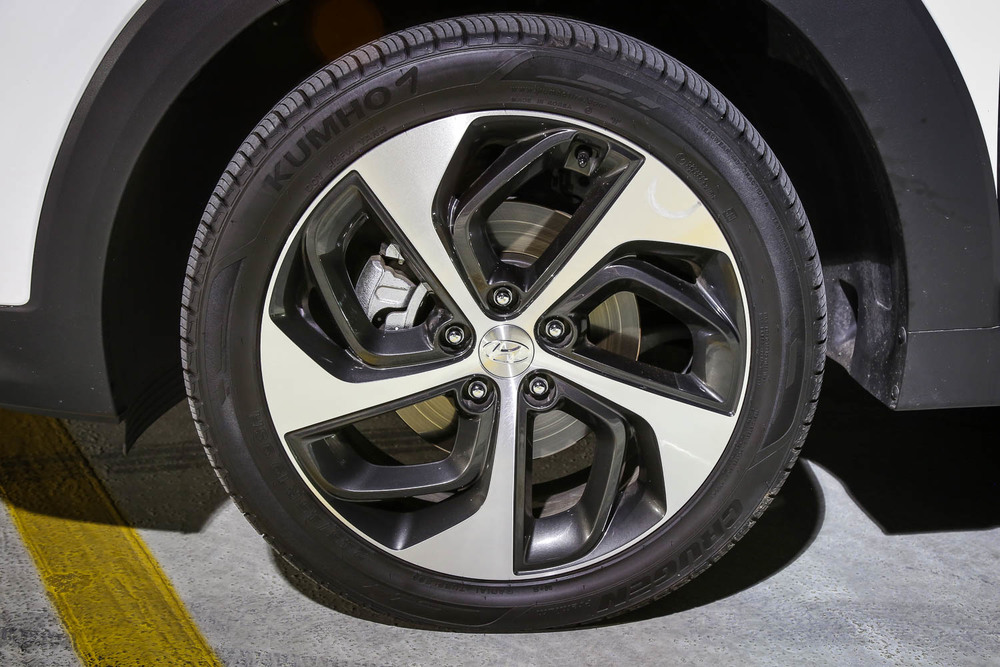 16.Hyundai.Tuscon.Limited.1.6t.AWD-16.jpg