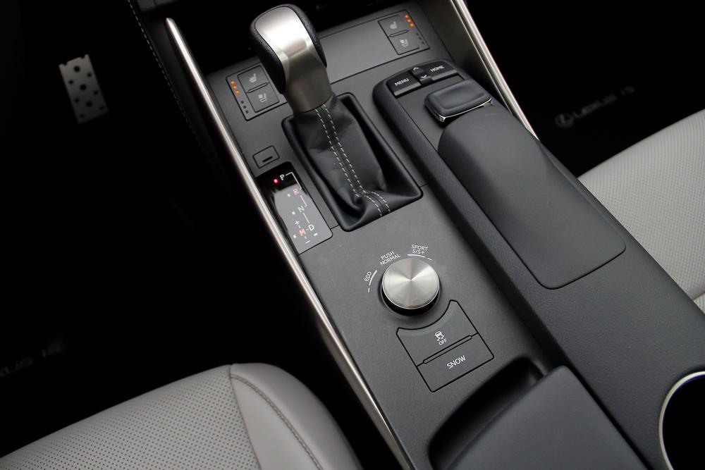 15.Lexus.IS350.Fsport-34.jpg
