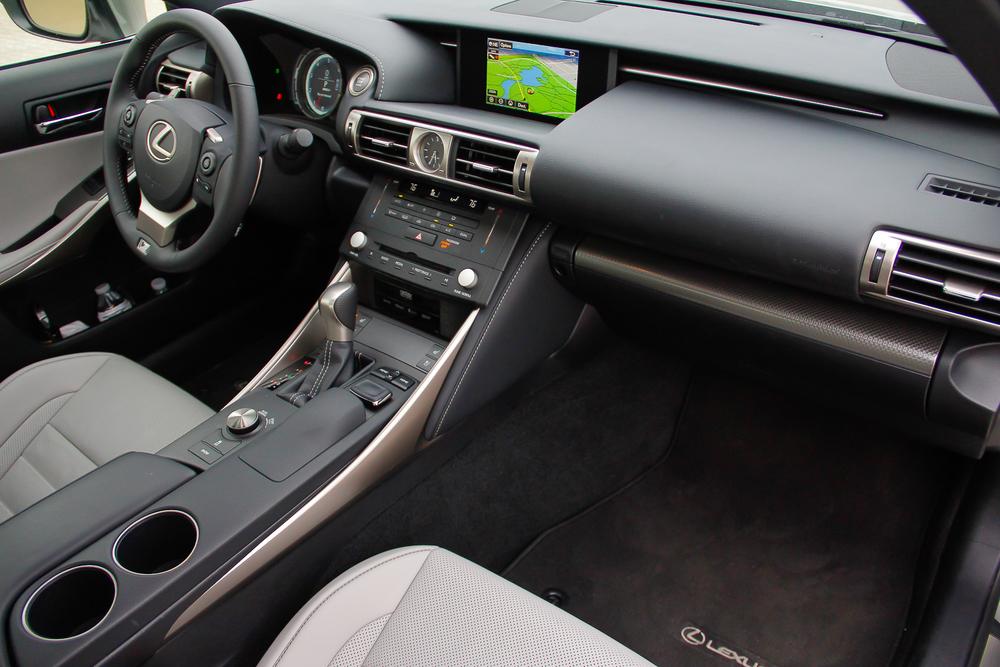 15.Lexus.IS350.Fsport-37.jpg