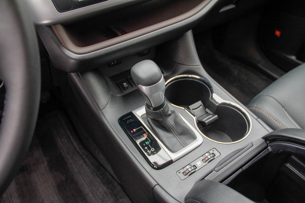 15.Toyota.Highlander.Hybrid-5.jpg
