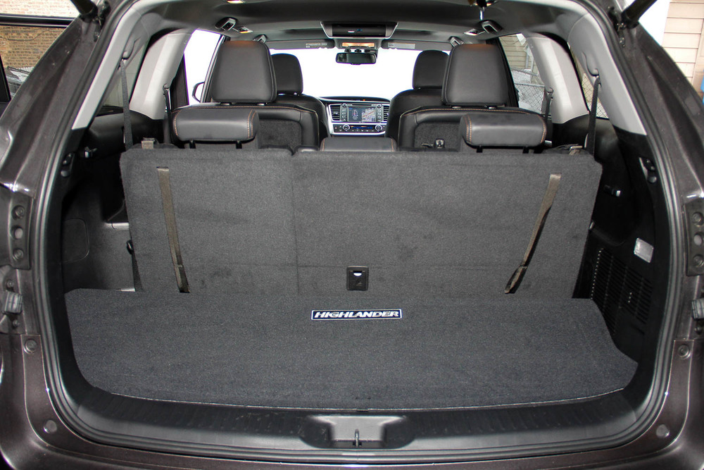 15.Toyota.Highlander.Hybrid-10.jpg