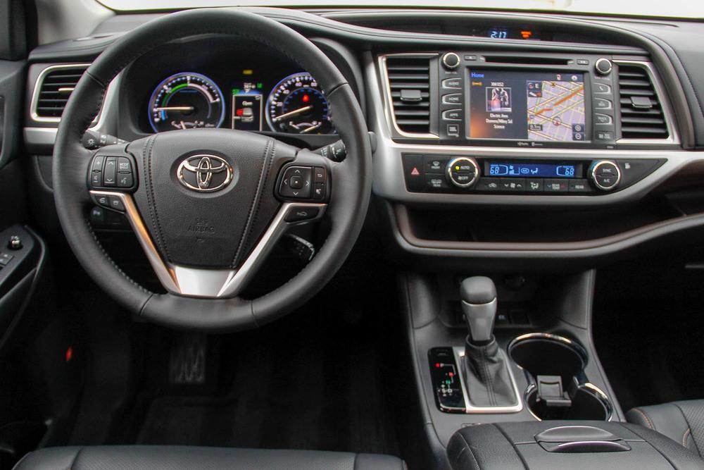 15.Toyota.Highlander.Hybrid-19.jpg