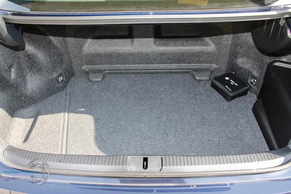 15.Lexus.ES30.Hybrid-24.jpg