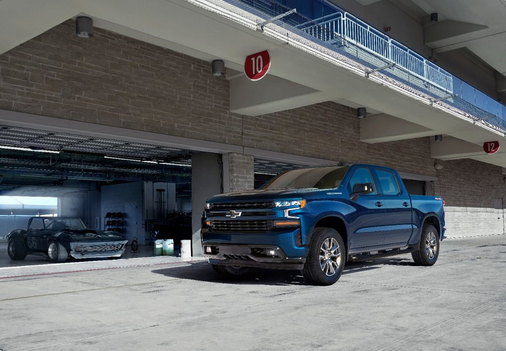 2019-Chevrolet-Silverado-012.jpg