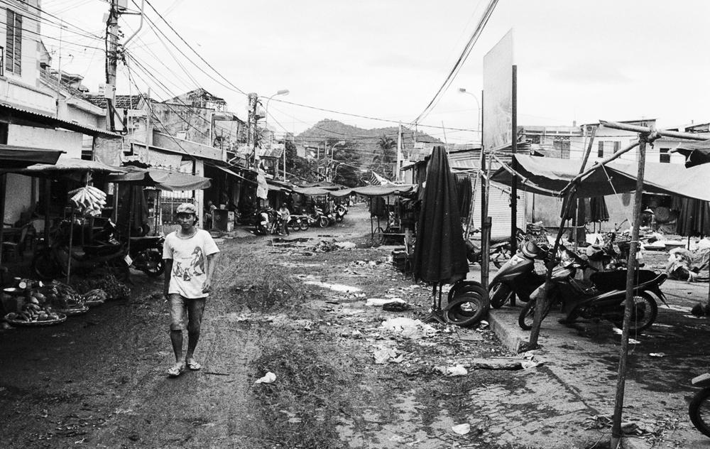 vietnam_nhatrang_muddy_street_.jpg