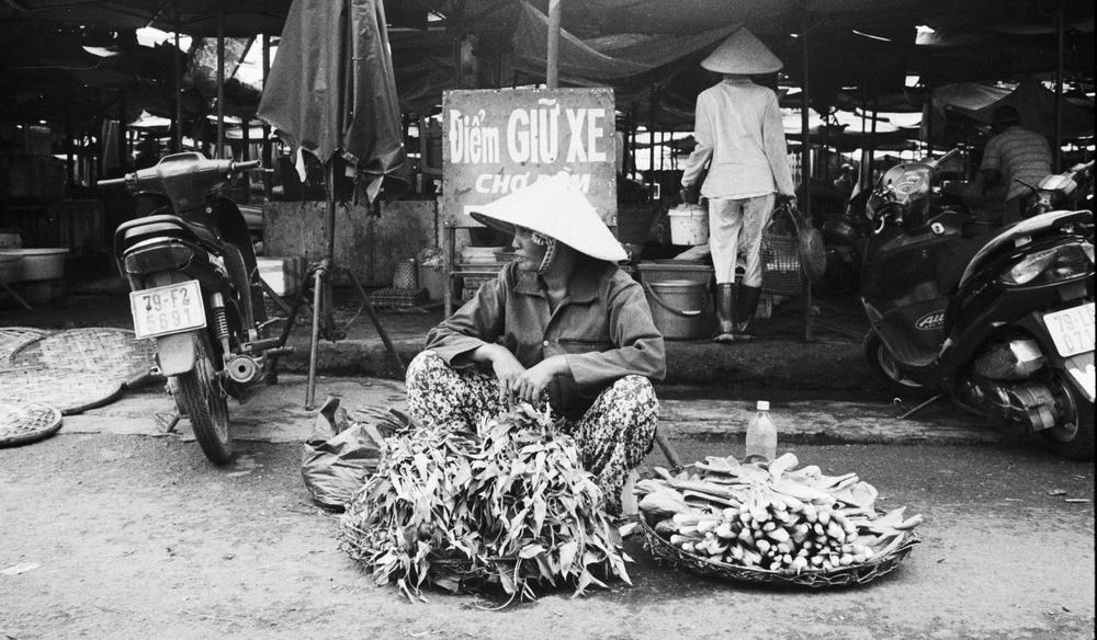 vietnam_nhatrang_street_vendor_cornjpg.jpg