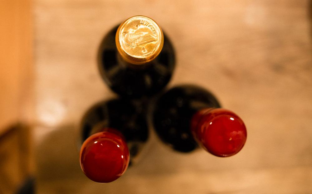 wine_bottle_birdseye