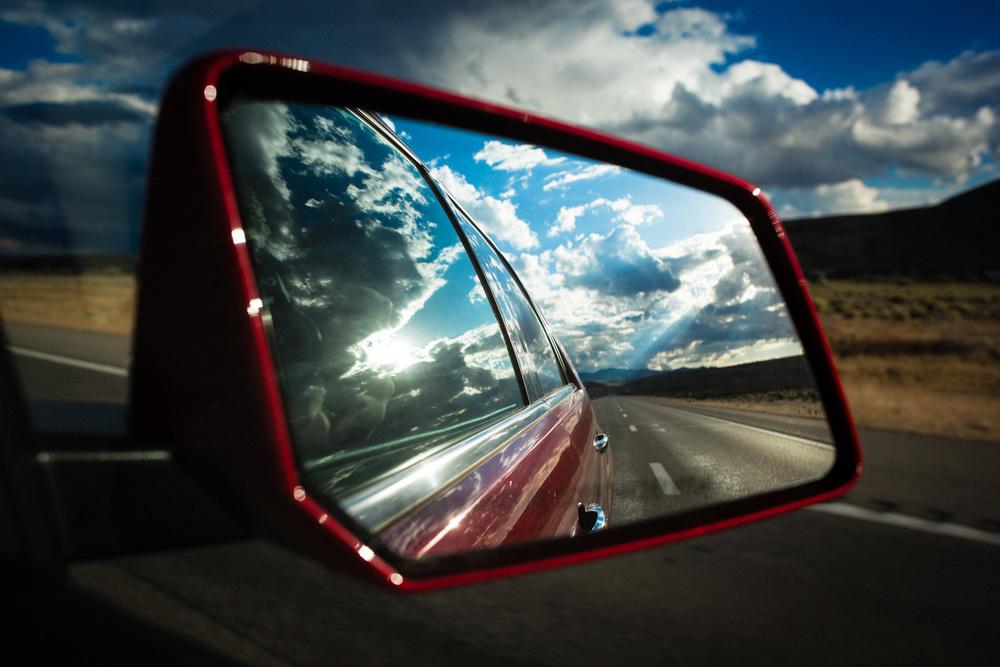 sidemirror_roadtrip_view