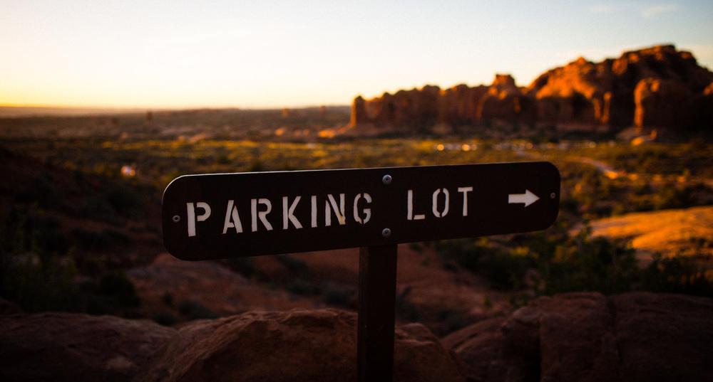 parkinglot_arches